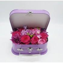 Pollen et Petales, Spring Suitcase